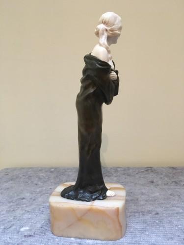 Samuel Lipchytz (1880- 1943) - Elegant with a coat, Art Nouveau chryselephantine - Art nouveau