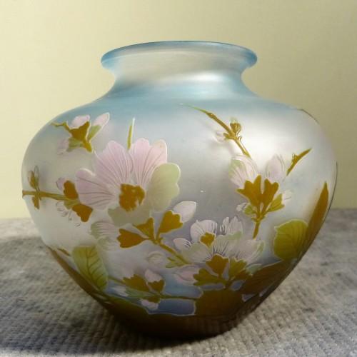 Art nouveau - Emile Gallé - Japanese ball vase with apple tree flowers