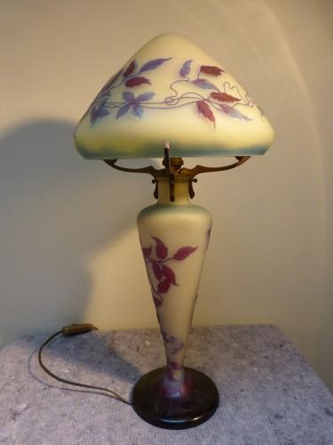Antiquités - Emile Gallé - Mushroom lamp with clematis