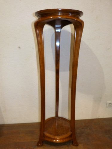 Furniture  - Ecole de Nancy, Art nouveau pedestal table in Tamo