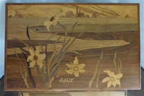 Art nouveau - Emile Gallé - Series of Art Nouveau nesting tables