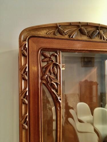 Furniture  - Louis Majorelle, Art Nouveau pine apple display cabinet