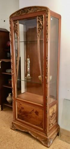 Antiquités - Louis Majorelle, Art Nouveau pine apple display cabinet