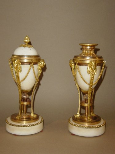 Pair of cassolettes, forming candlestick , Louis XVI period