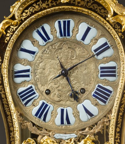 18th century - A French brass-inlaid brown tortoiseshell Boulle marquetry cartel clock