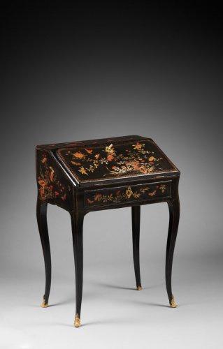 Furniture  - A Louis XV ormolu mounted vernis Martin bureau en pente