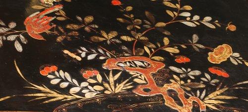 A Louis XV ormolu mounted vernis Martin bureau en pente -