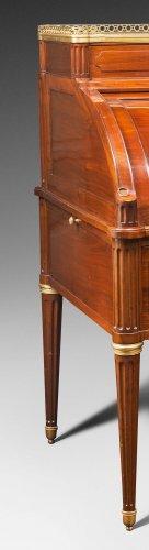 A louis XVI ormolu-mounted bureau à cylindre by J. Stöckel - Furniture Style Louis XVI