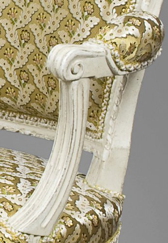 Seating  - A pair of Louis XVI white-painted fauteuils en cabriolet