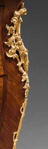A Louis XV ormolu-mounted marquetry  commode stamped Albert Levesque - Furniture Style Louis XV
