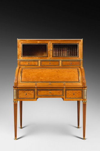 Furniture  - A rare Louis XVI ormolu-mounted lime wood and amaranth bureau cylindre