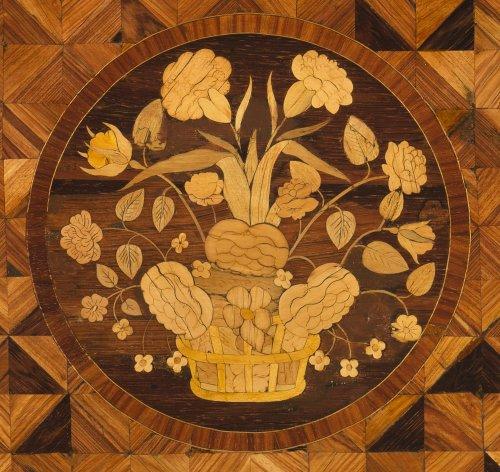 Furniture  - Late 18th Century Table Rognon