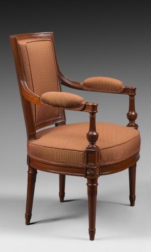 Antiquités - A mahogany Directoire salon suite