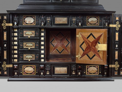Furniture  - A rare 17th Century  south German (Augsburg) ebony table - cabinet