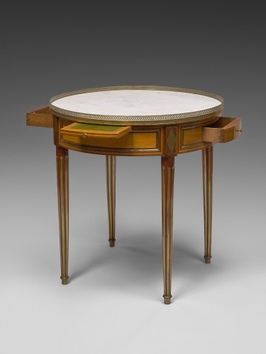 A Louis XVI bouillotte table stamped Pafrat - Furniture Style Louis XVI