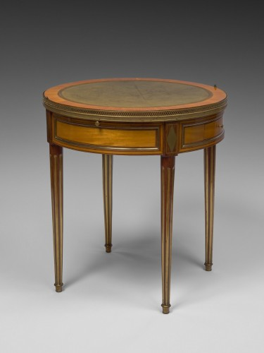 18th century - A Louis XVI bouillotte table stamped Pafrat