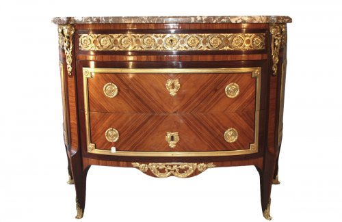 A french commode of the late 18th, early 19th century