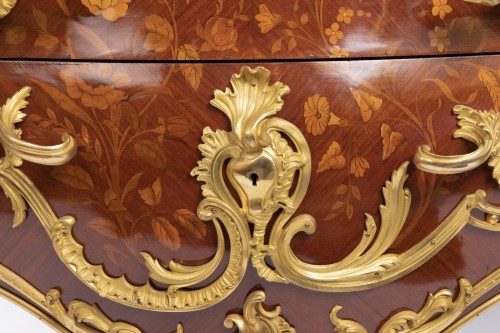 Louis XV-style commode  -