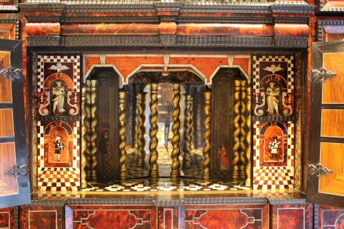 Furniture  - Cabinet from Antwerp in tortoiseshell scales circa 1650