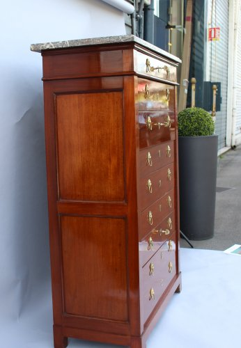 Furniture  - Mahogany chiffonnier by Canabas, dating back to the Louis XVI