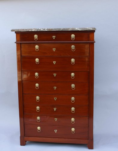 Louis XVI - Mahogany chiffonnier by Canabas, dating back to the Louis XVI