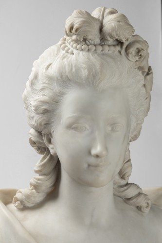 Bust of woman in white marble of carrara - Sculpture Style Napoléon III