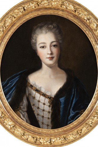 Portrait of Madame de Montalais attributed to Pierre Mignard (1612-1695) - Paintings & Drawings Style Louis XIV