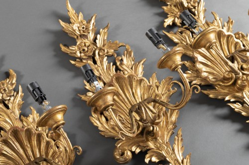 Suite of 4 gilt wood sconces from the end of the 18th century. - Louis XVI