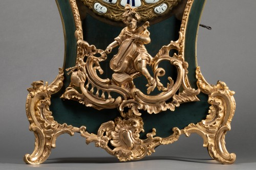 Chinese cartel in green lacquer, Louis XV period - Clocks Style Louis XV