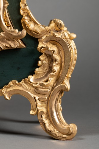 Chinese cartel in green lacquer, Louis XV period - Louis XV