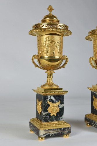Pair of  brûle-parfums - Attributed to Pierre-Philippe Thomire (1751-1843) - Decorative Objects Style Empire