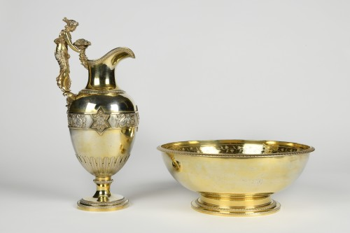 French Silver-Gilt Ewer, with the Coat of Arms of the English Royal Family  - Restauration - Charles X