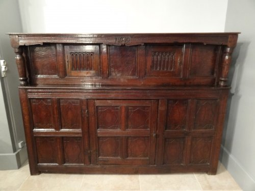mobilier louis xiii page 2 antiquit s sur anticstore. Black Bedroom Furniture Sets. Home Design Ideas