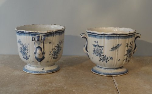 Pair of 18th century planters, Earthenware of Brussels - Louis XV