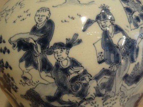 Large earthenware vase delft 18th century -