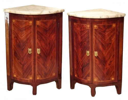 "Pair of ""Transition"" period corners cabinet 18th century"