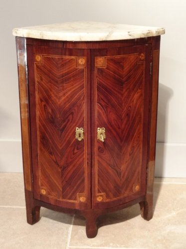 "Pair of ""Transition"" period corners cabinet 18th century -"
