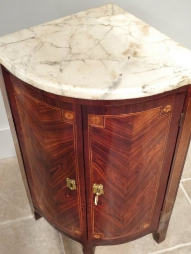 """Transition - Pair of """"Transition"""" period corners cabinet 18th century"""