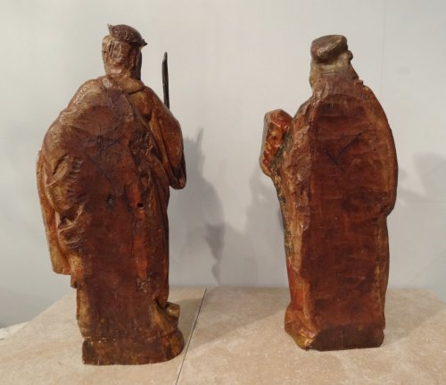 Antiquités - St. Catherine and St. Barbara carved and polychrome 17th century