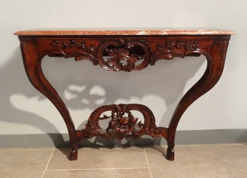 Console Louis XV carved walnut 18th century