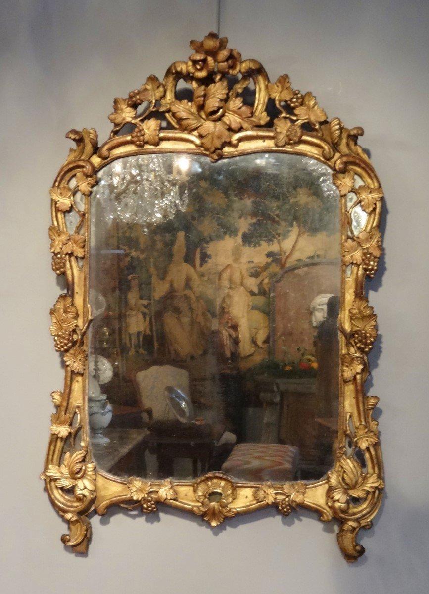 miroir louis xv en bois dor xviiie si cle. Black Bedroom Furniture Sets. Home Design Ideas