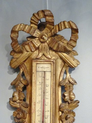 Barometer thermometer Louis XV gilded wood 18th century - Decorative Objects Style Louis XVI