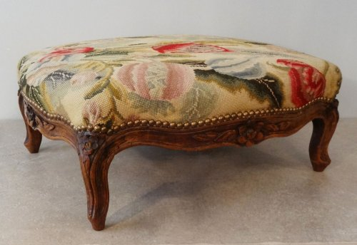 French Louis XV Stool  - Seating Style Louis XV