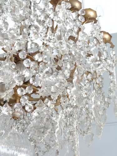 Lighting  - Large bronze and crystal chandelier 19th century