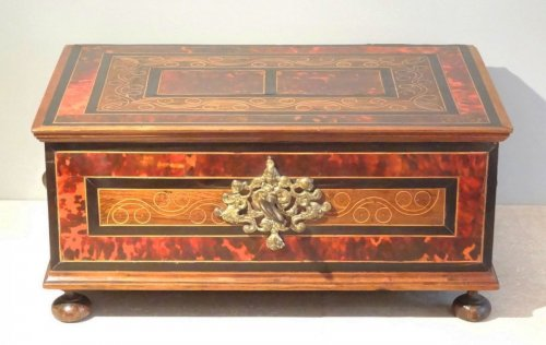Chest in marquetry of scale 17th century - Furniture Style Louis XIV