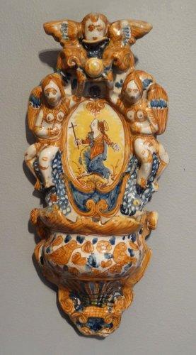 Antiquités - Italian polychrome faience holy font 17th century