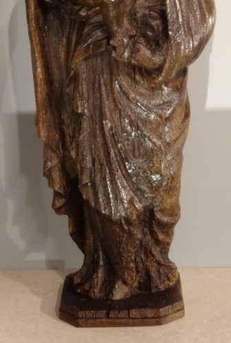 17th century - Madonna And Child Carved Wood 17th Century