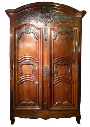 French Louis XV Armoire In Walnut, 18th Century
