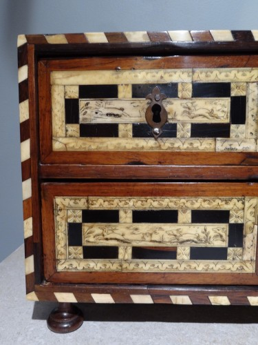 Small Spanish Cabinet of 17th century -
