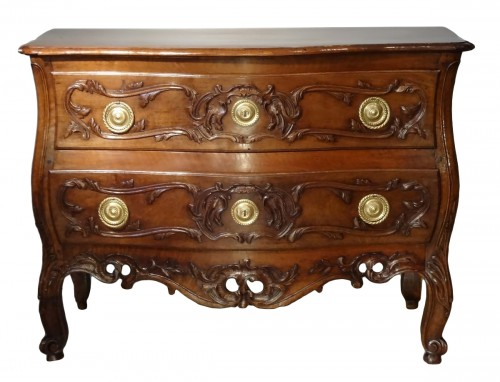 French Provencal Chest of drawer Louis XV - 18 th century